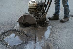 asphalt-parkinglot-repair